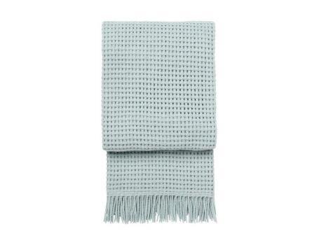 Стилно одеяло от вълна алпака - светлосиньо