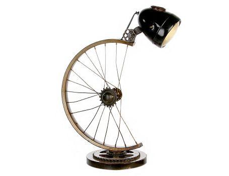 Оригинална настолна лампа