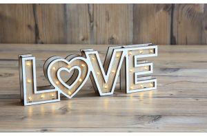 Светеща декорация LOVE
