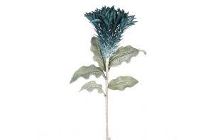 Декоративно цвете в синьо