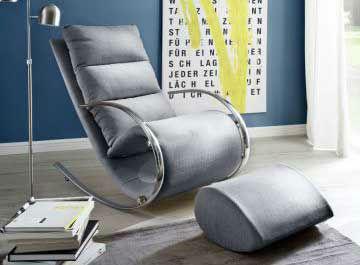 Стилен фотьойл и табуретка в сиво